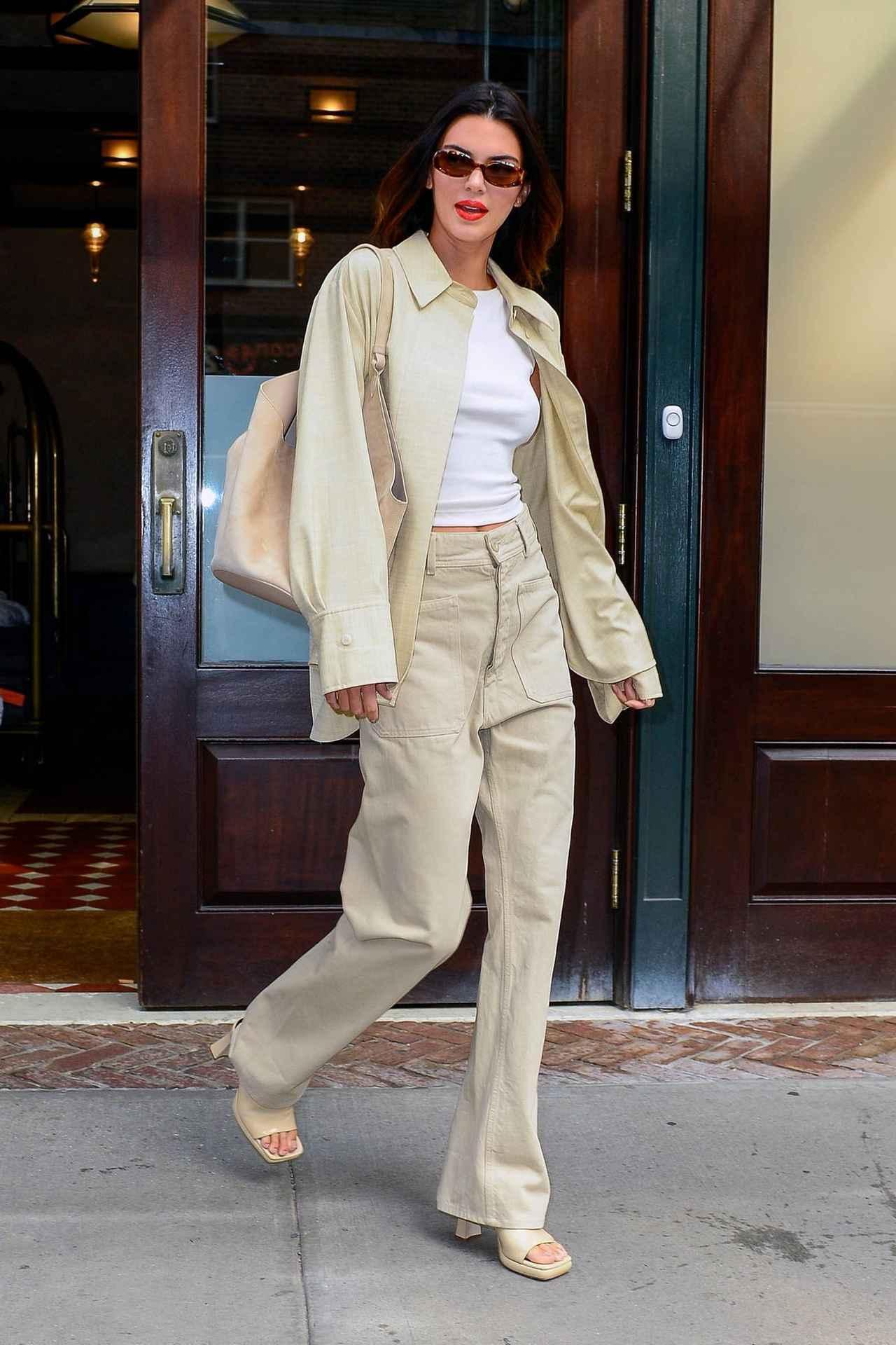 画像1: モデルのケンダル・ジェンナー