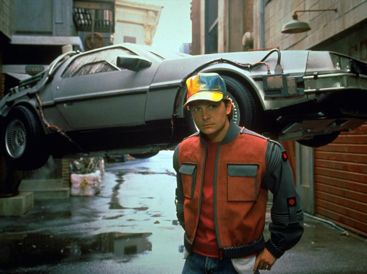 """画像: 『バック・トゥ・ザ・フューチャー』が現実に!""""空飛ぶ車""""が街から街へ飛行成功 - フロントロウ -海外セレブ&海外カルチャー情報を発信"""