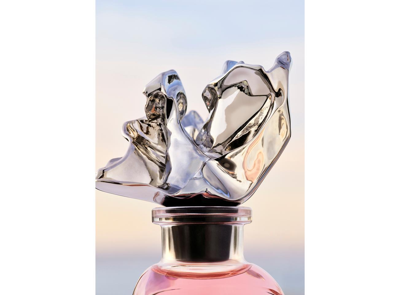 画像2: ルイ・ヴィトン、建築家フランク・ゲーリーとコラボ香水を発表