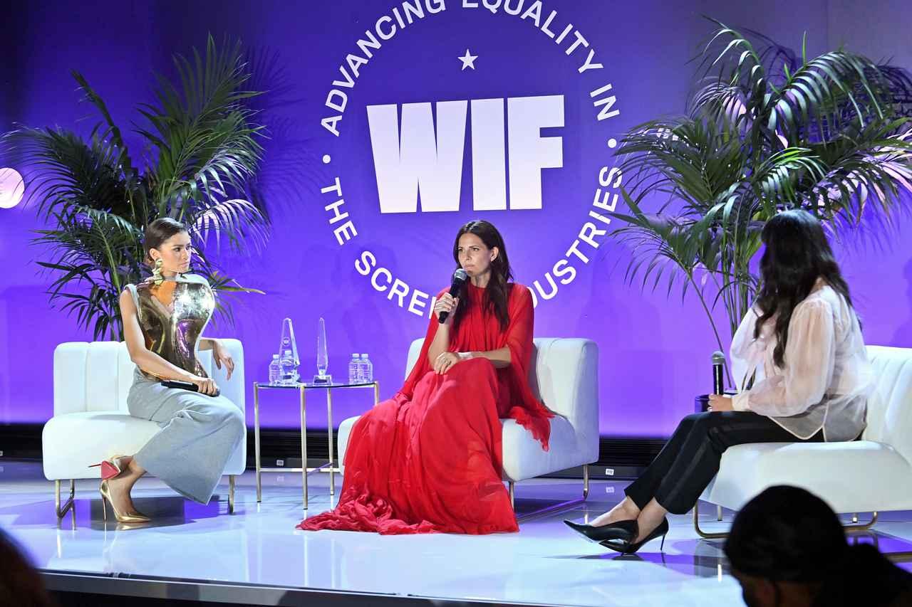 画像1: 映画業界で働く女性たちの活躍を支えるWomen In Filmのアワードが開催