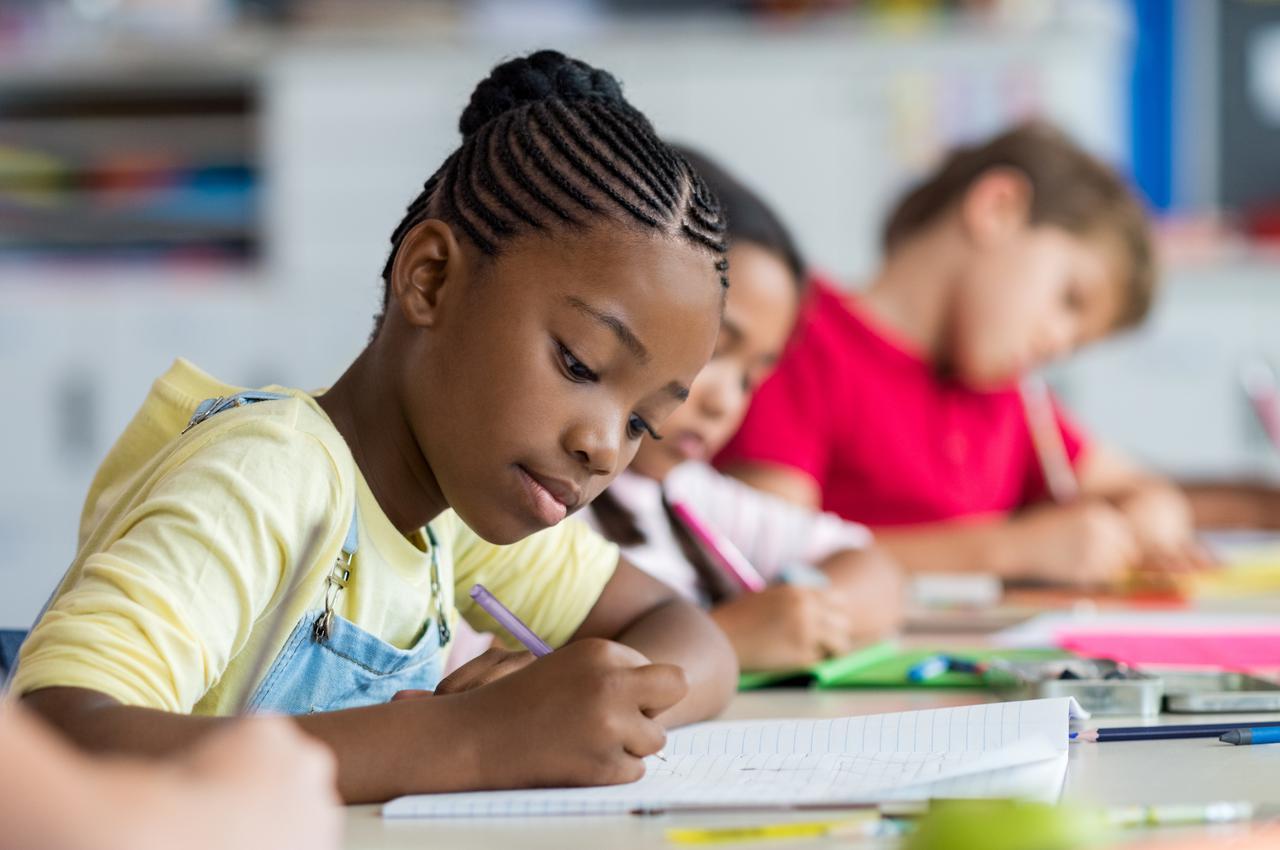 画像: 2.「生理」に関する事前教育は、先進国でも十分行なわれていない