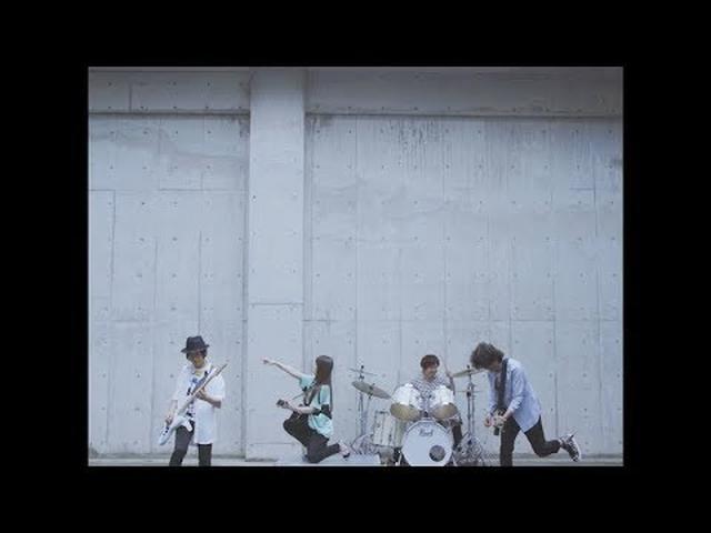 画像: 阿部真央「君の唄(キミノウタ)」Music Video【Official】 www.youtube.com