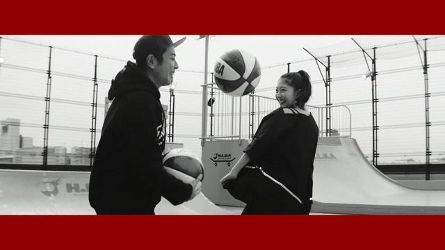 画像: 『夢が夢じゃなくなる日まで』MV-YouTube edit-/Jewel www.youtube.com