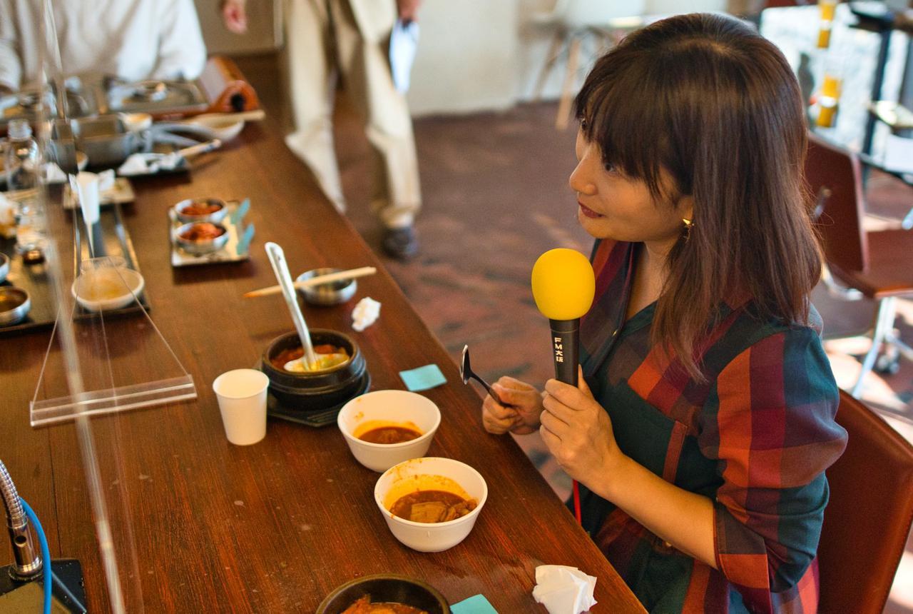 画像: ★2種類のチゲ鍋を食べ比べ。