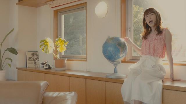 画像: 小松未可子「HEARTRAIL」from New Album「Blooming Maps」 www.youtube.com