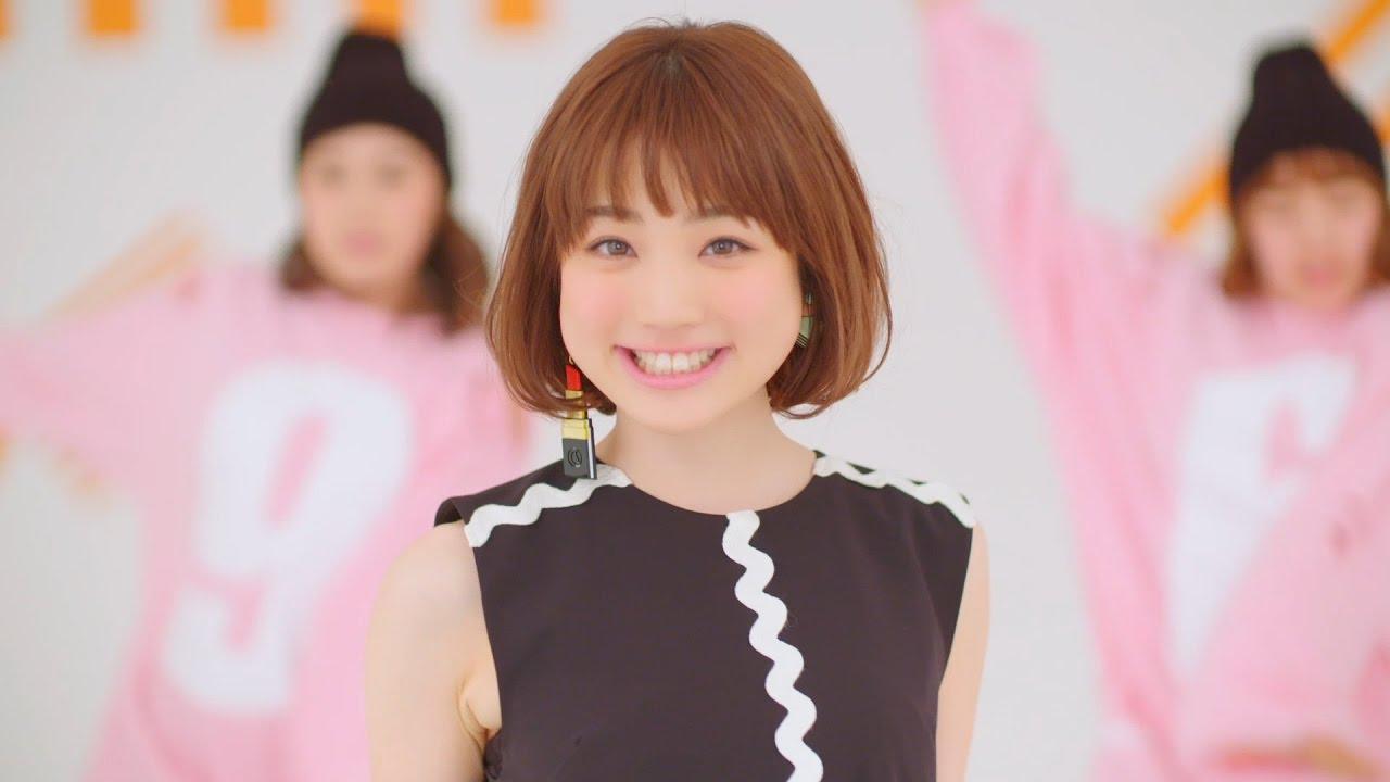 画像: 瀬川あやか「妄想スニーカー」Short ver. www.youtube.com