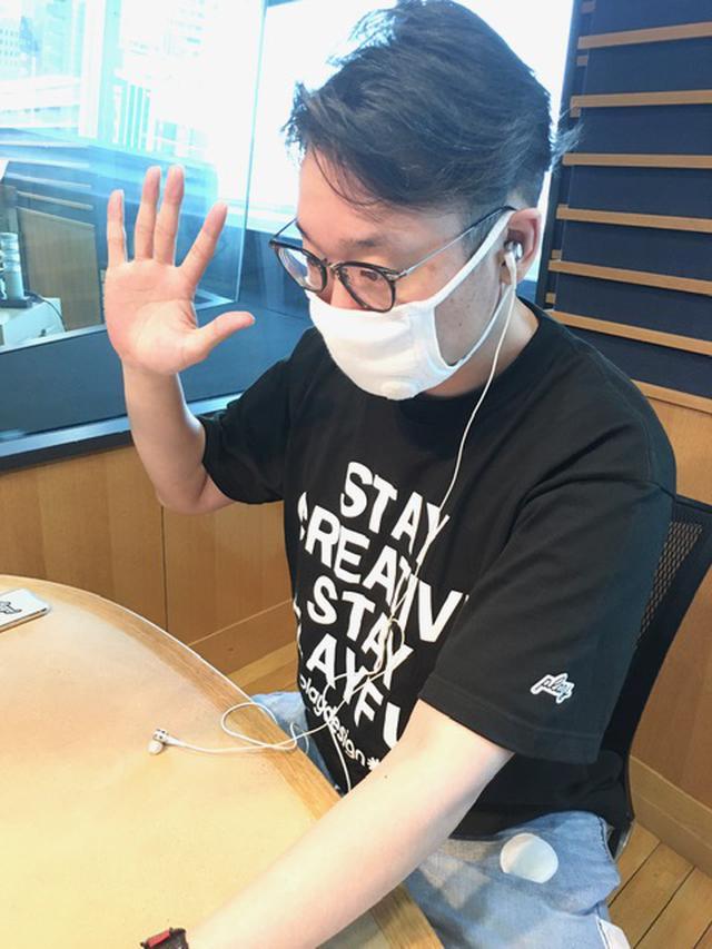 画像: PONさんはスタジオにいらっしゃらないので、えんどぅさんのソロ写真となります。