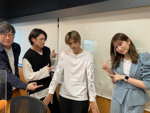 画像: まさかの「えんどぅーさん大好き♡」Tシャツ!