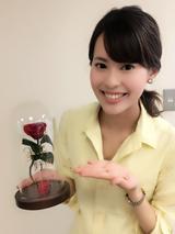 画像: 取材後、こんな素敵なローズドームをいただきました! 会社のデスクが華やかになりそうです♬