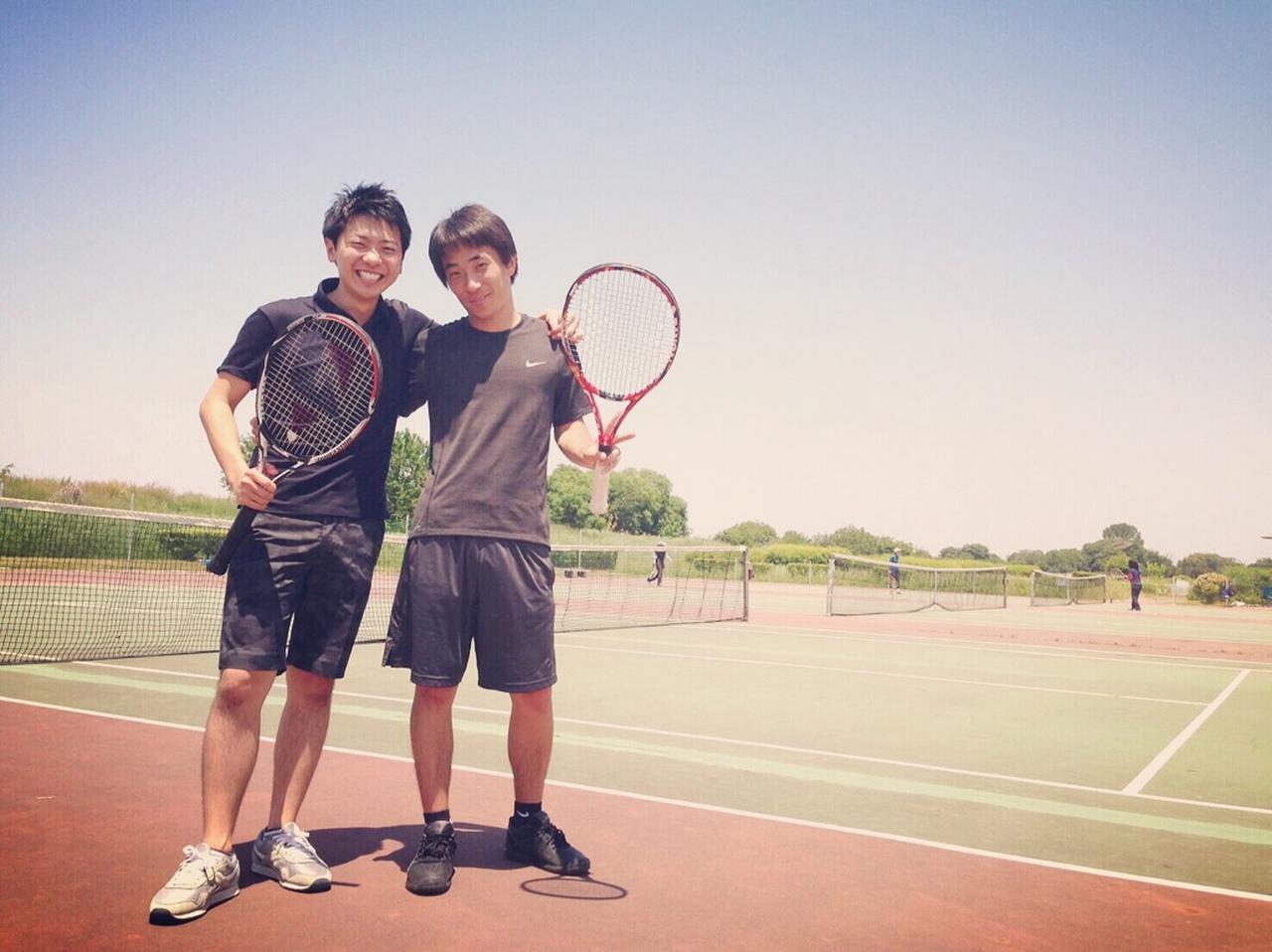 画像: コーチは、会社の後輩である加藤くん。