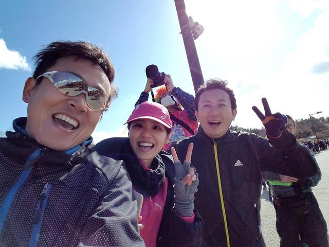 画像: 山田予報士と倉橋アナ。「アスリート感」が出てるなぁ~(笑)
