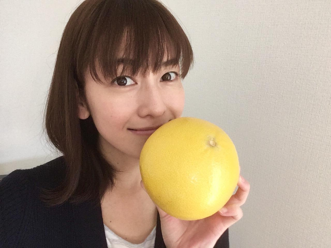 画像: メロゴールドは粒が大きくて 噛むと果汁が弾けます。