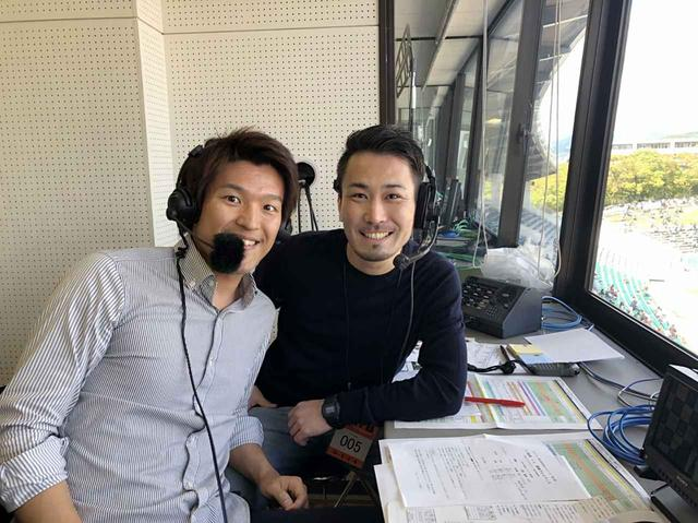 画像: サッカー中継で同期のディレクターと!