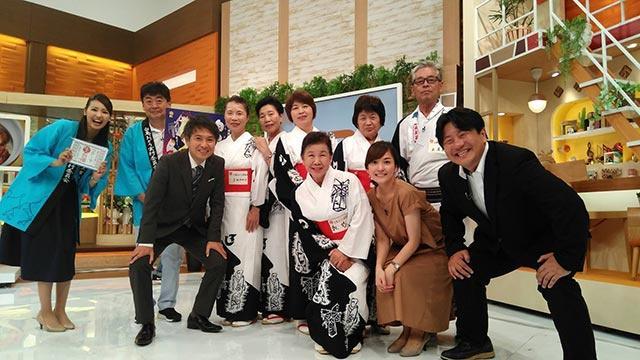 画像: 左から石神、しろとり観光PR隊の皆さん、星さん、しおりさん、コメンテーターの西嶋賴親さんと!