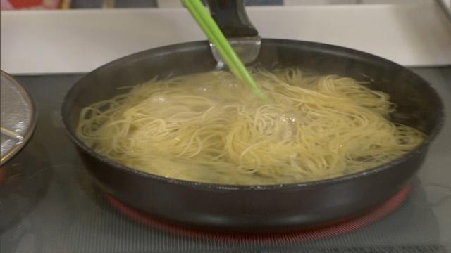 画像7: ちょっと意外な方法で、乾麺がもっちもちパスタに大変身!? 「超お手軽!ロバート馬場ちゃんの楽楽ごはん」