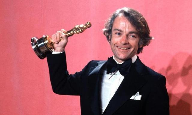 画像: 「ロッキー」でオスカーを受賞した時のアヴィルドセン監督