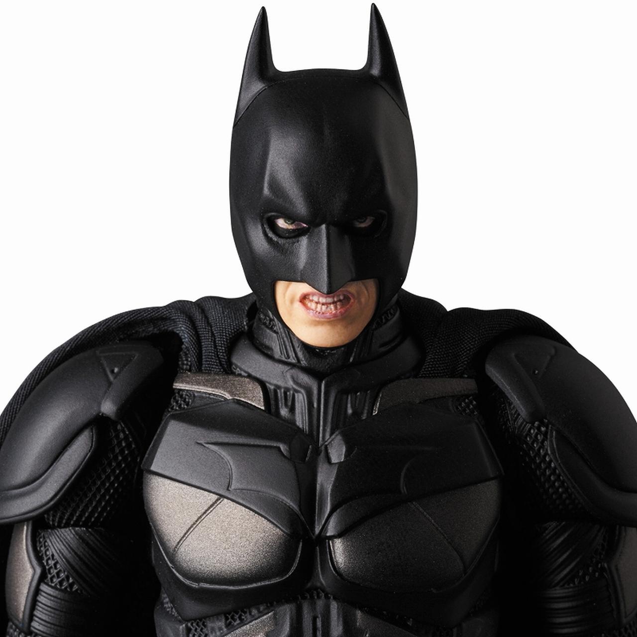 画像3: 『ダークナイト』でクリスチャン・ベールが演じたバットマンのディテールにこだわったフィギュアが登場!
