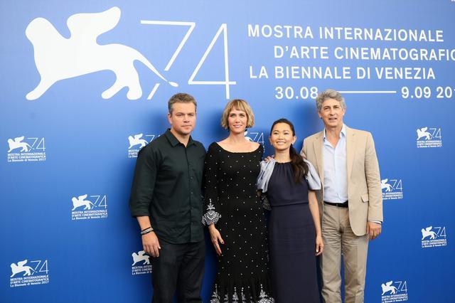 画像: ベネチア国際映画祭でオープニングを飾った