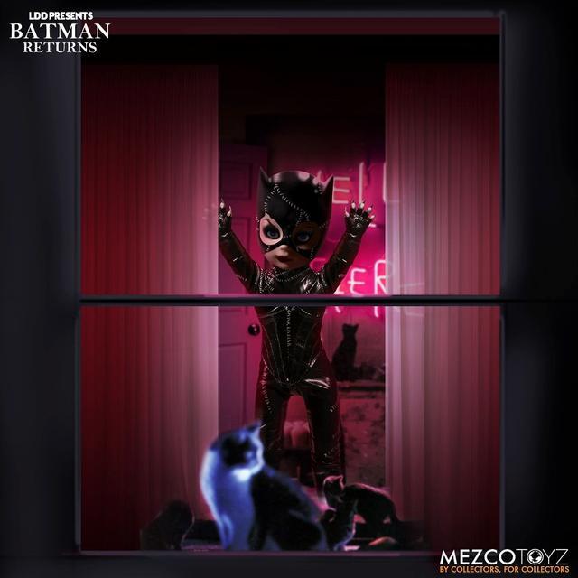 画像2: ミシェル・ファイファーが演じたキャットウーマンが 絶妙なドールアレンジされて立体化!
