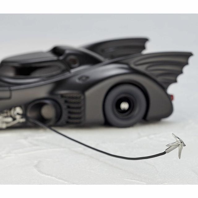 画像8: ティム・バートン監督作「バットマン」よりゴシック風デザイン、美しい流線型フォルを忠実に再現したバットモービルが発売!