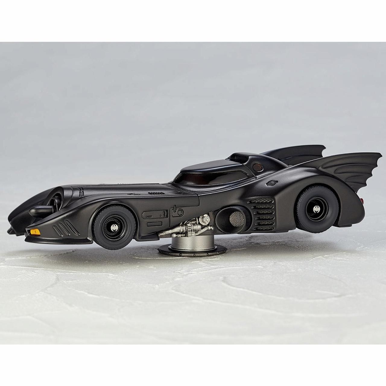 画像7: ティム・バートン監督作「バットマン」よりゴシック風デザイン、美しい流線型フォルを忠実に再現したバットモービルが発売!