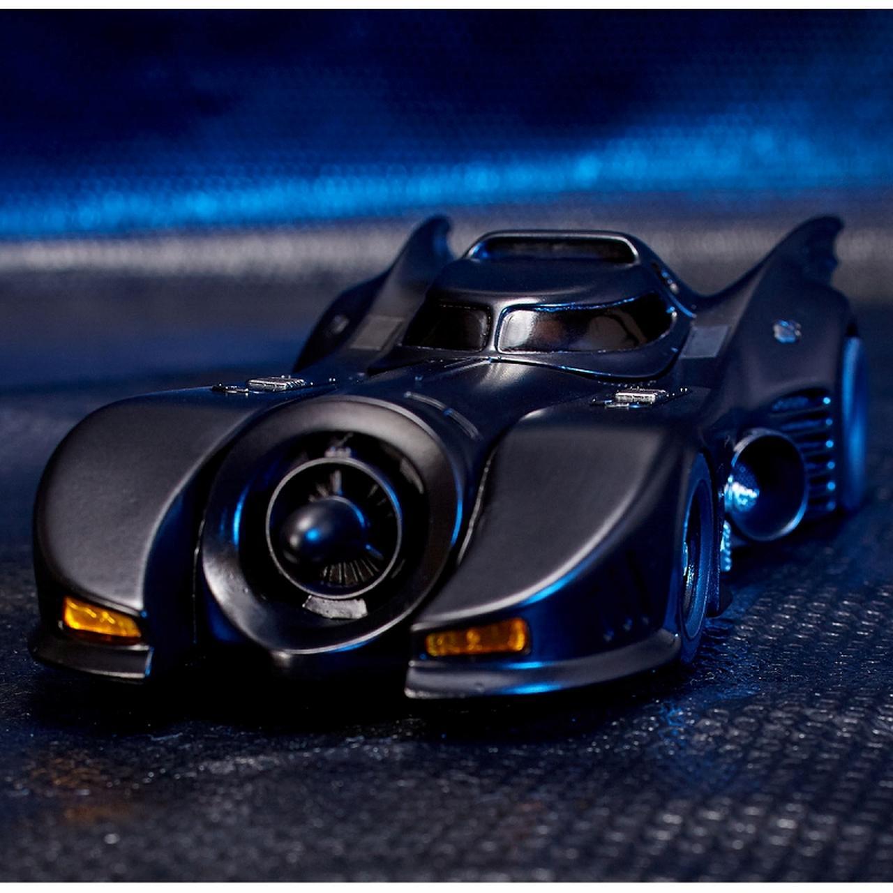 画像9: ティム・バートン監督作「バットマン」よりゴシック風デザイン、美しい流線型フォルを忠実に再現したバットモービルが発売!