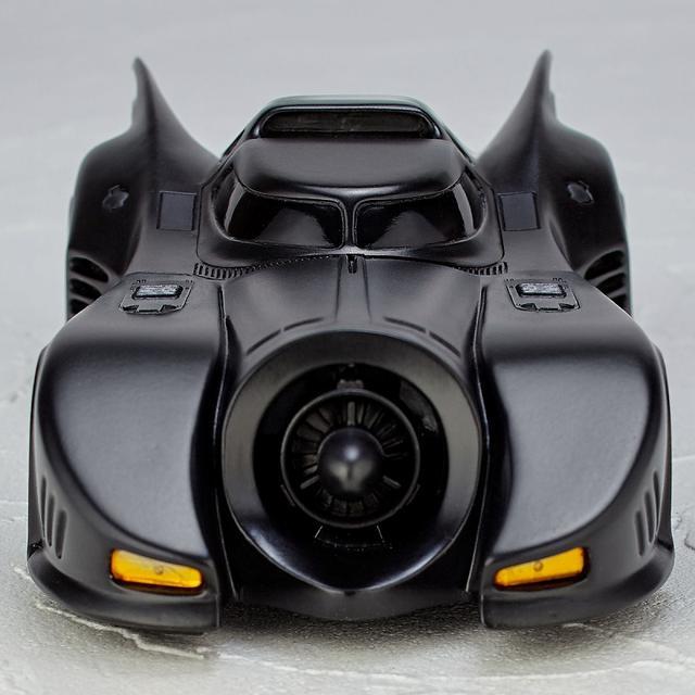 画像4: ティム・バートン監督作「バットマン」よりゴシック風デザイン、美しい流線型フォルを忠実に再現したバットモービルが発売!