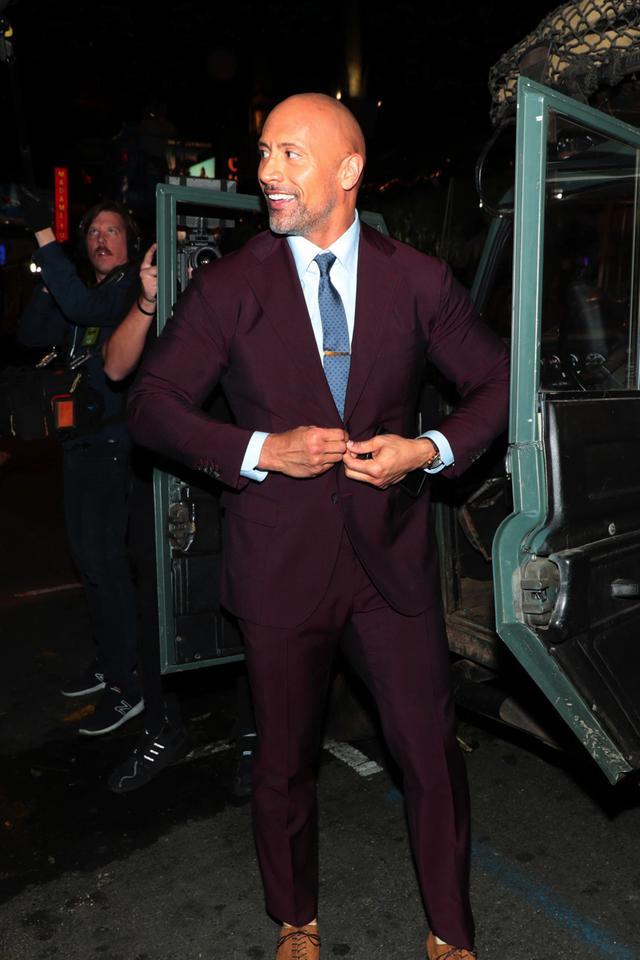 画像: 劇場に到着したドウェイン・ジョンソン