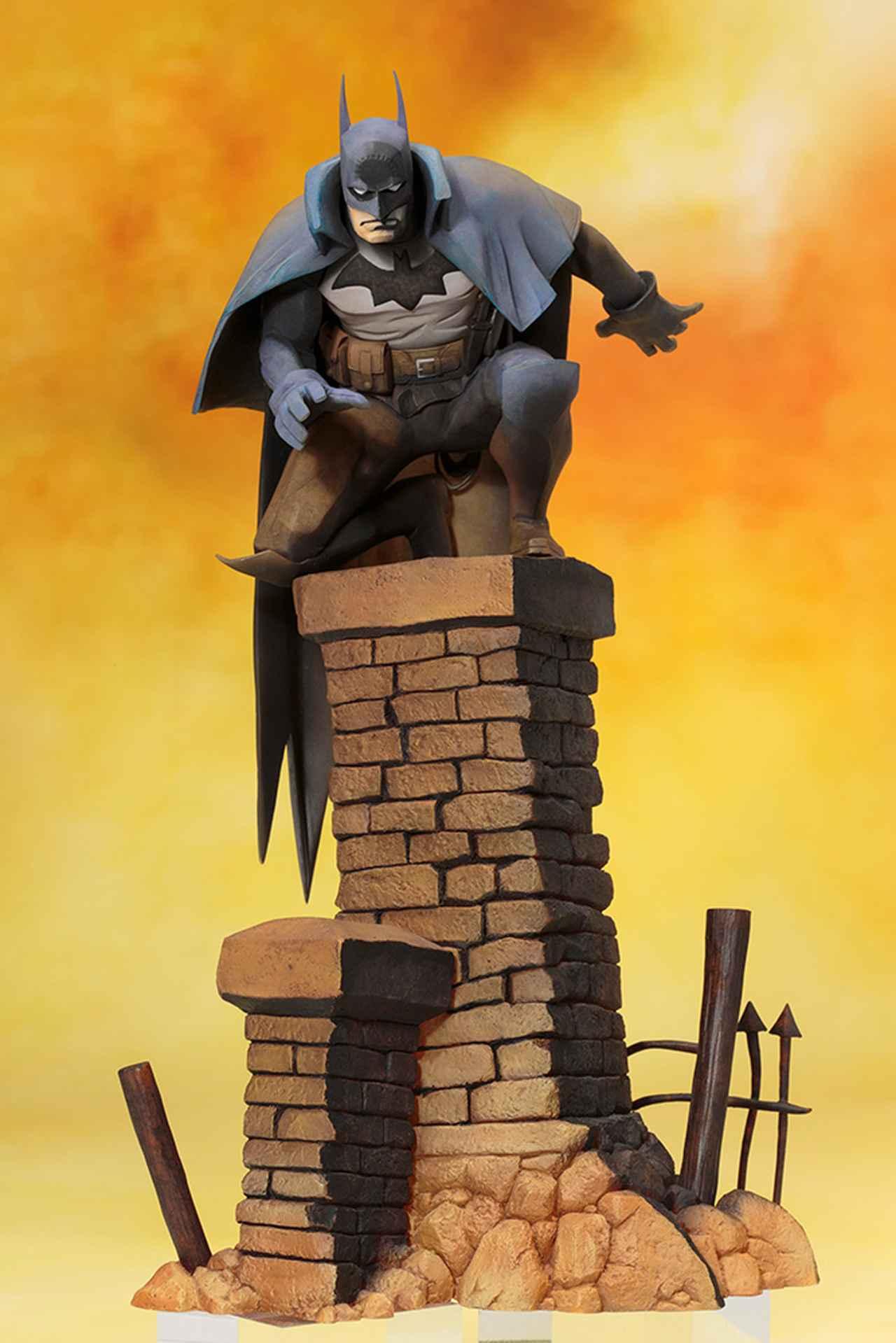 画像1: 光と陰を強調した美麗彩色によるバットマンのスタチューが高品質とリーズナブルな価格で登場!