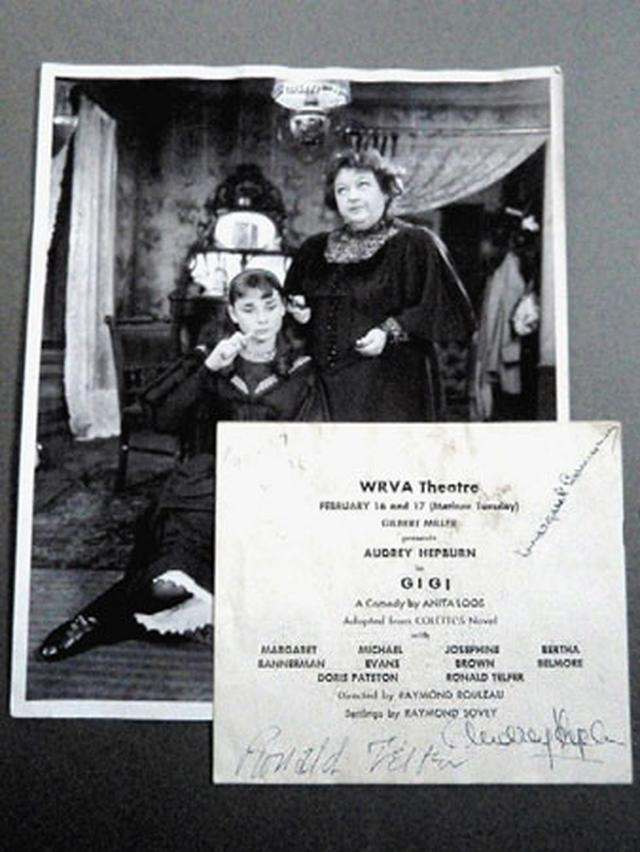 画像4: オードリー・ヘプバーン/直筆オートグラフ(WRVA劇場公演プログラム)
