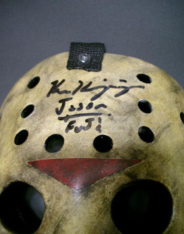 画像1: 「フレディVS.ジェイソン」/ジェイソン・ホッケーマスク(レプリカ/直筆サイン入り)