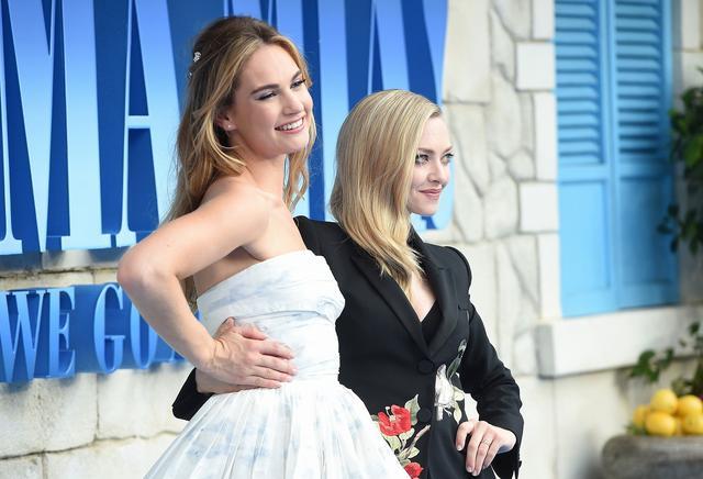 画像: リリーとアマンダ