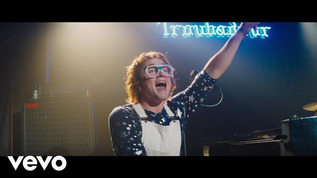 画像: Taron Egerton - Rocket Man (Official Video) www.youtube.com