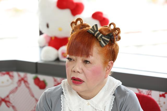 画像: Yuko Yamaguchi answering the interview
