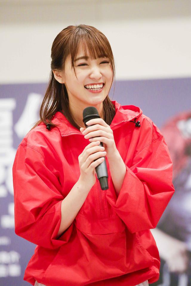 画像: 8代目の神林美智子を演じる 欅坂46のキャプテン 菅井友香