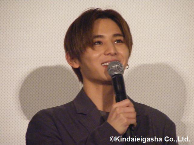 画像: 山田涼介主演映画『記憶屋 あなたを忘れない』の公開記念舞台挨拶で監督からサプライズ!