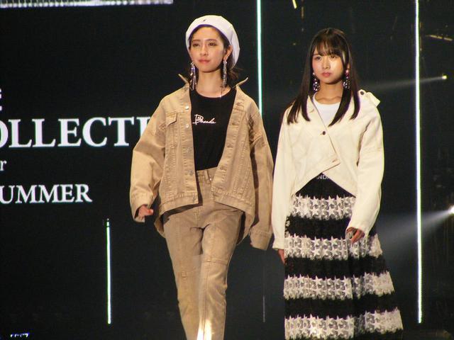 画像: 左:金村美玖(日向坂46)、右:上村ひなの(日向坂46)