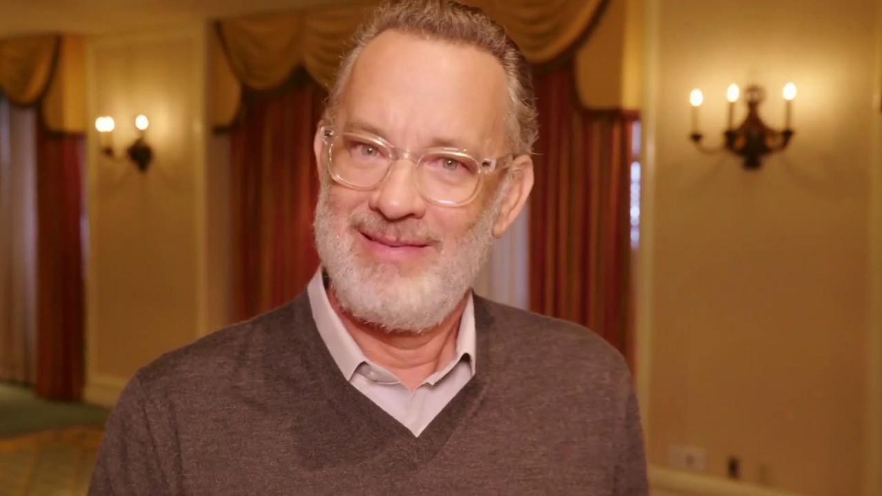 画像: トム・ハンクスが役作りの秘話を披露 www.youtube.com