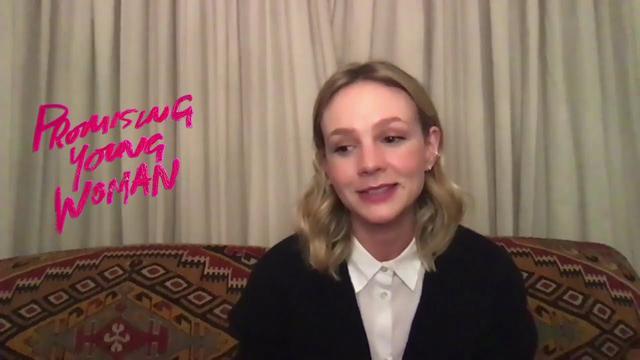 画像: キャリー・マリガンがボー・バーナムとの絆や強烈な衣装について語る youtu.be
