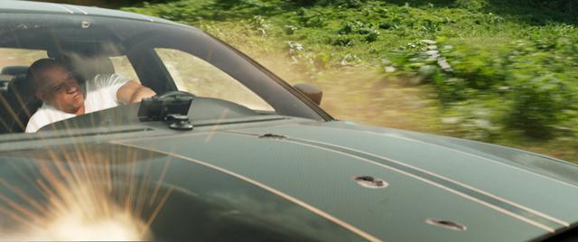 画像2: 車が吹っ飛ぶ!大回転‼大爆発!!! ワイスピらしさフルスロットル!