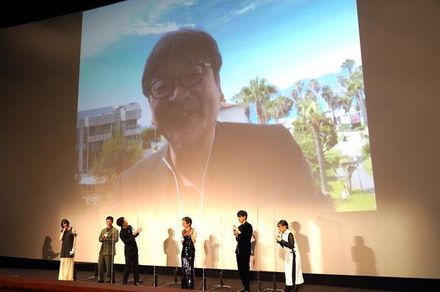 画像7: 朝ドラ1話分のスタンディングオベーション!細田守監督がカンヌでの反響をリポート『竜とそばかすの姫』初日舞台挨拶