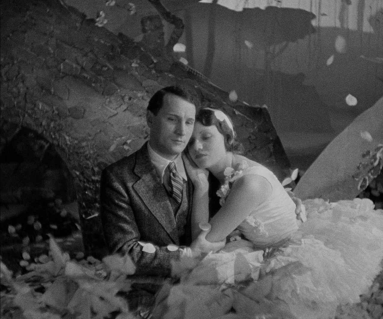 画像: © 1931 - TF1 INTERNATIONAL - SOCIETÉ DES FILMS - SONORES TOBIS