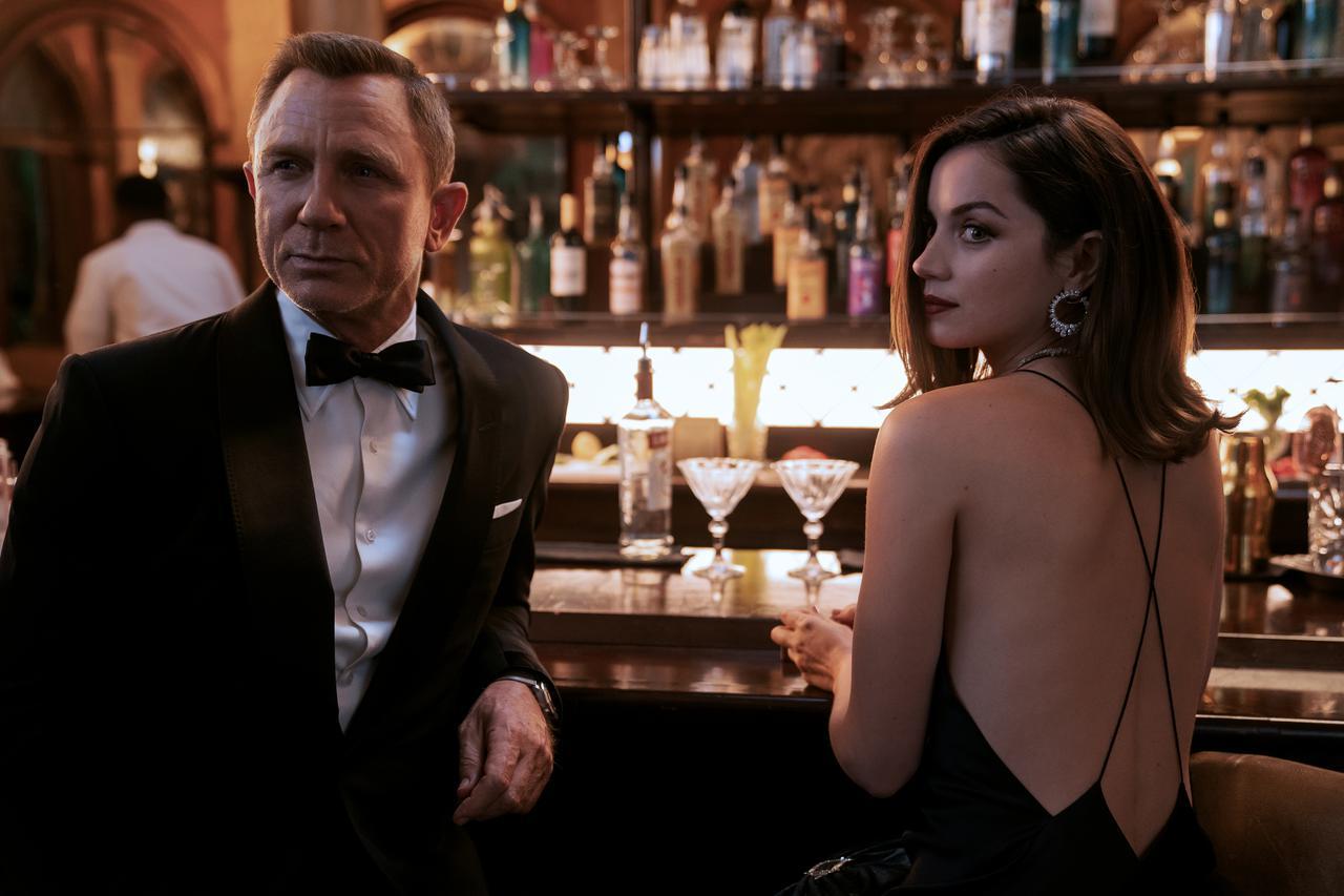 画像1: 前作『007 スペクター』を超えるシリーズ史上最高興収の勢い!