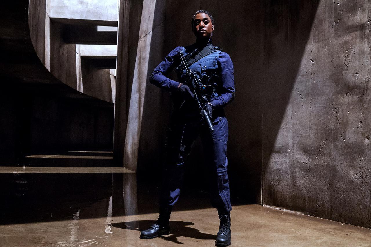 画像2: 前作『007 スペクター』を超えるシリーズ史上最高興収の勢い!