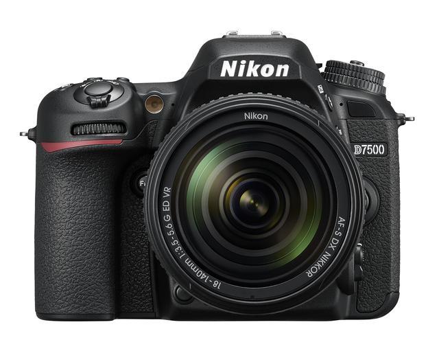 画像: ▲キットレンズとなるAF-S DX NIKKOR 18-140mm/f3.5-5.6G ED VRを装着した状態のニコンD7500。 http://www.nikon-image.com/products/slr/lineup/d7500/