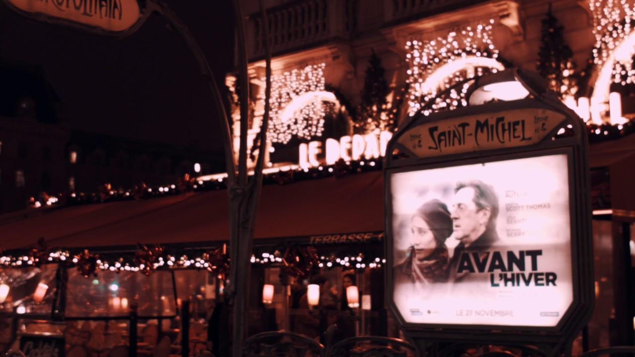 画像: ▲フランスのオシャレなカフェをアウトフォーカスからインフォーカスにしている。フォーカス送りと言い、オープニングやエンディングにも使うことができるテクニックだ。 www.youtube.com