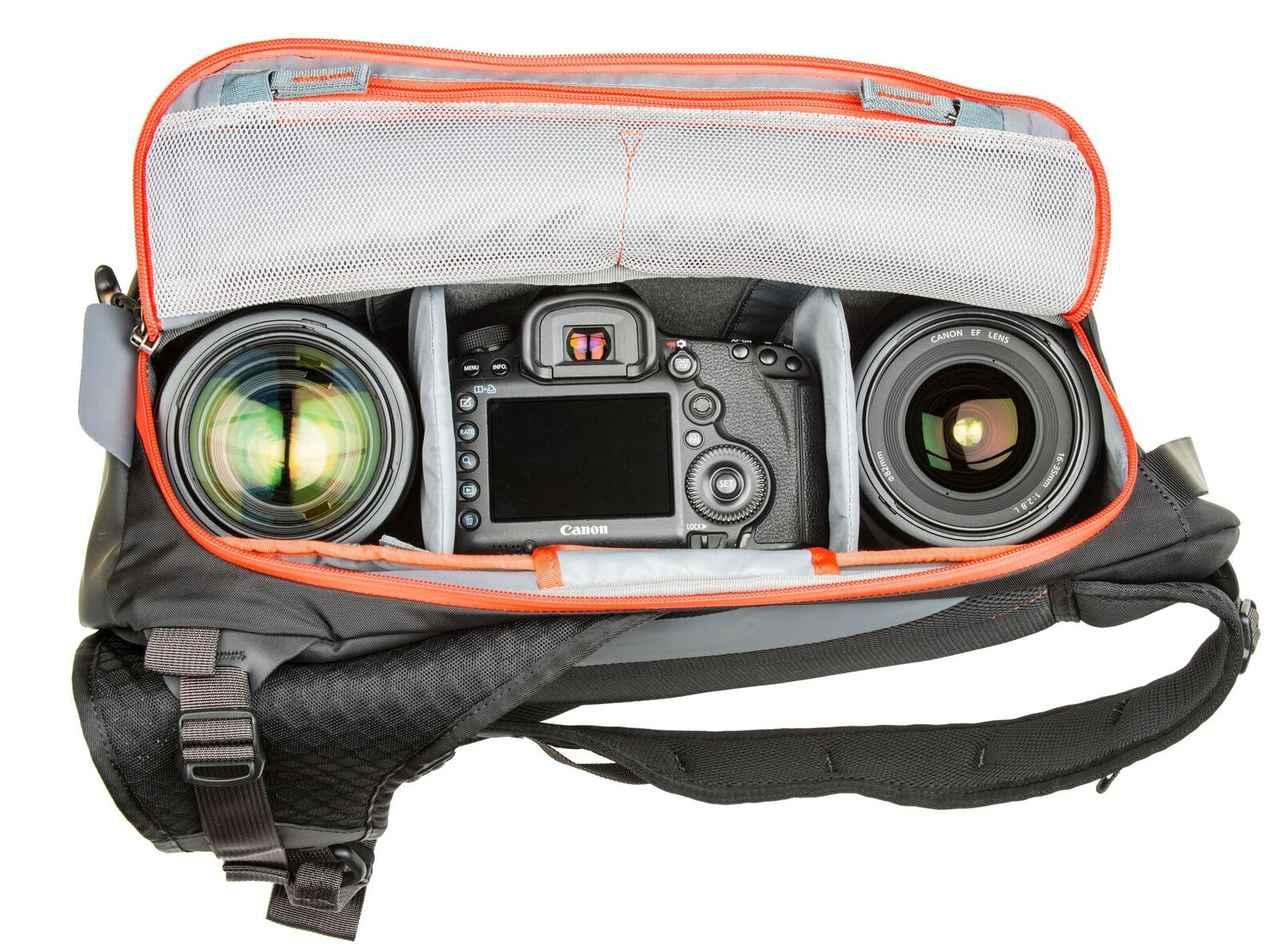画像: ▲収納例。標準サイズ一眼レフ1台と2-4本のレンズ、13インチ型ノートパソコンを収納可。 www.ginichi.co.jp