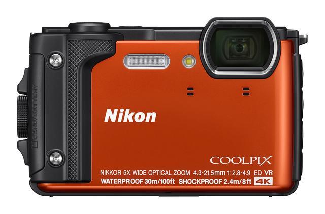画像: カラーは3タイプ。その一つがオレンジ。 www.nikon-image.com
