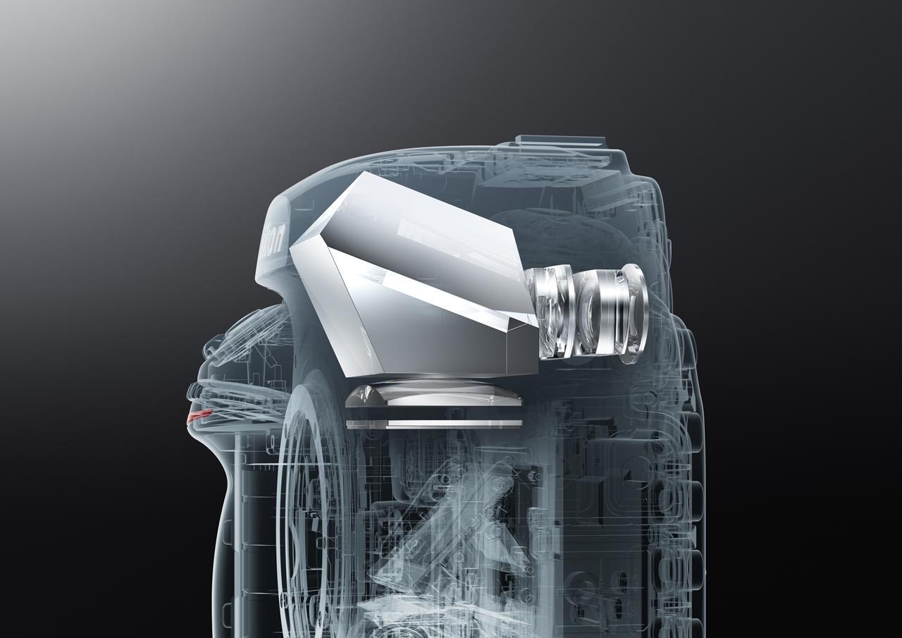 画像: ▲新設計の光学ファインダー。視認性の高い大きなファインダー像はニコンらしい造りだ。