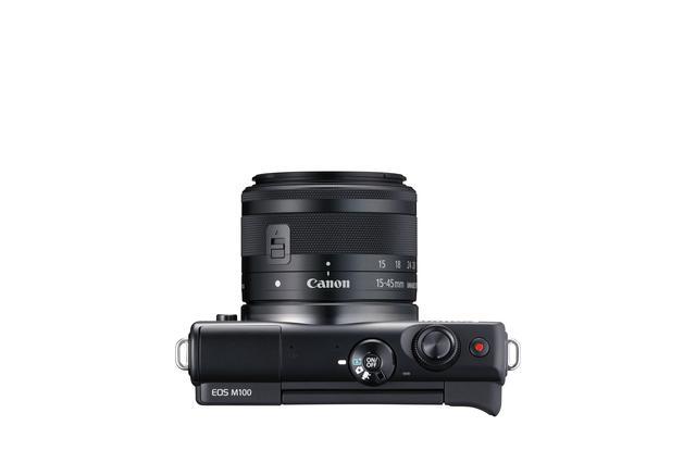 画像: ▲操作系は極めてシンプル。カメラを持つとシャッターボタンに指がかかるデザインとなる「スプーンカット」を採用している。 cweb.canon.jp